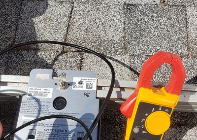 solar panel installation in Maui checks